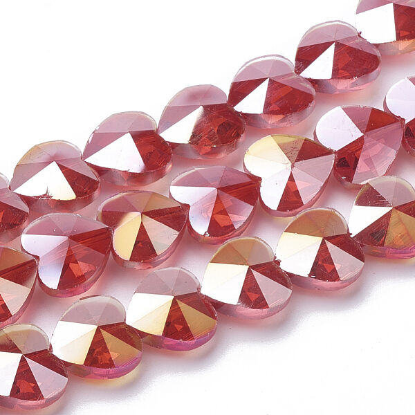 Szív alakú színjátszós piros üveggyöngy (10x10mm)