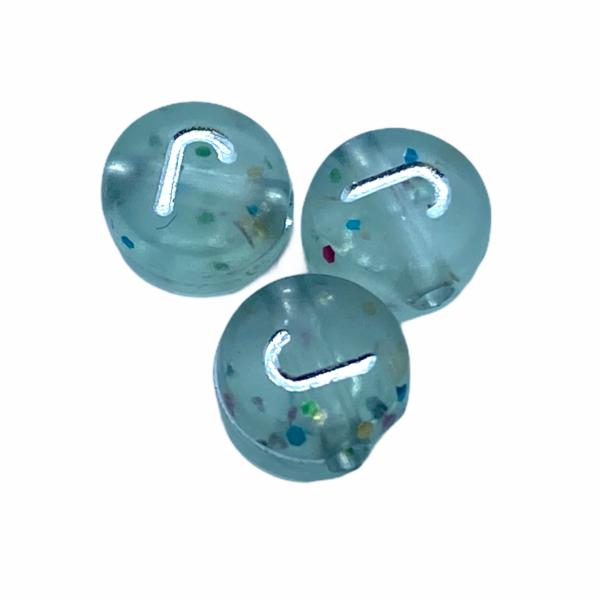 """Műanyag glitterrel díszített kör """"J"""" betűgyöngy (7mm)"""