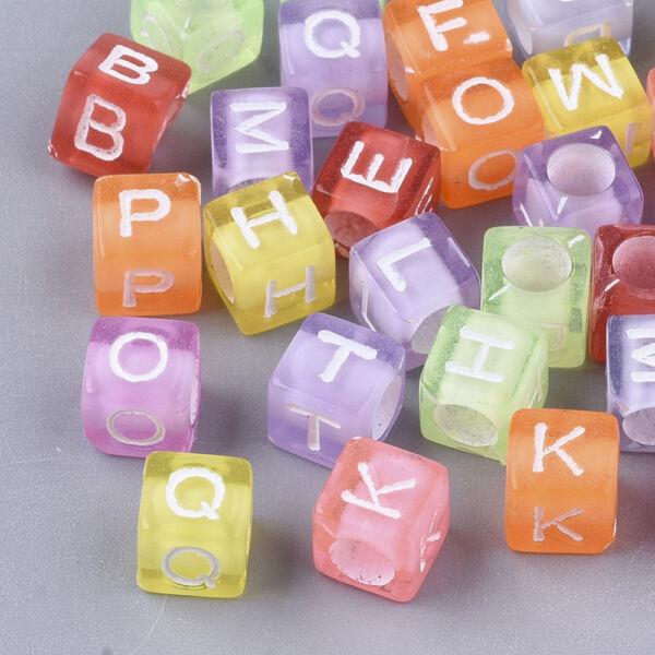 Műanyag színes betűgyöngy csomag (380db)