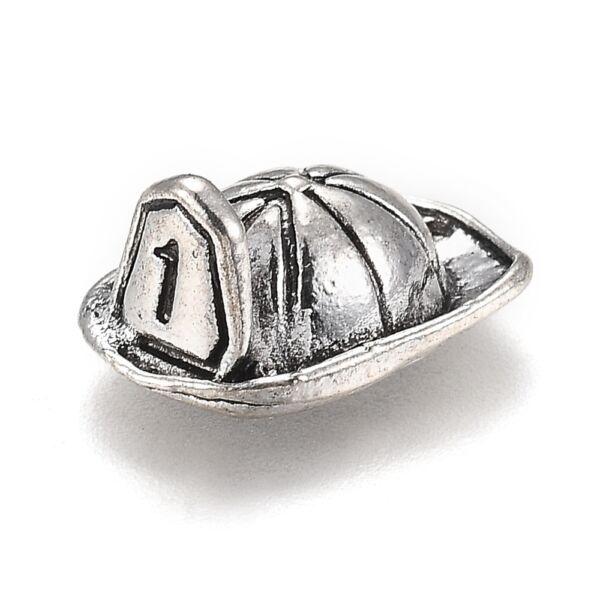 Antikolt ezüst színű tűzoltó kalap fityegő