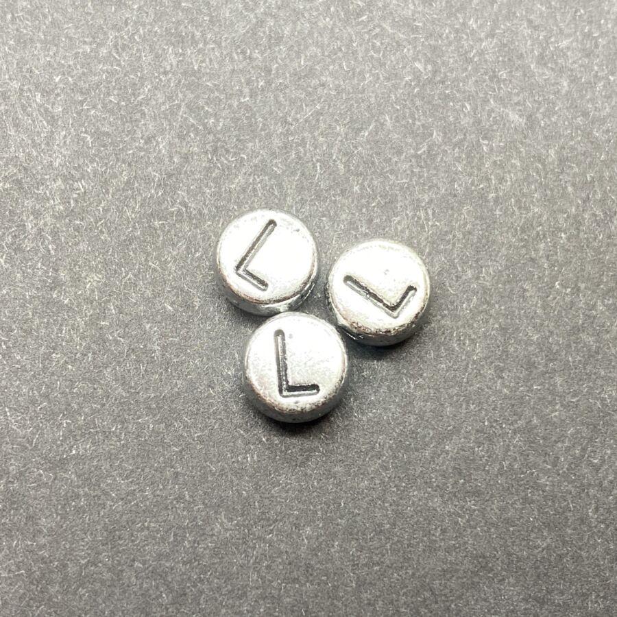 Műanyag ezüst színű kör l betűgyöngy (6mm)