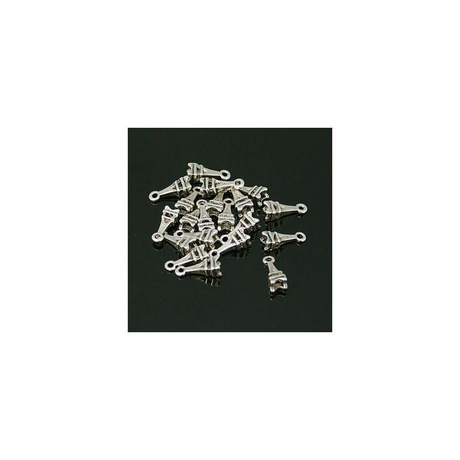 Antikolt ezüst színű eiffel tornyos fityegő