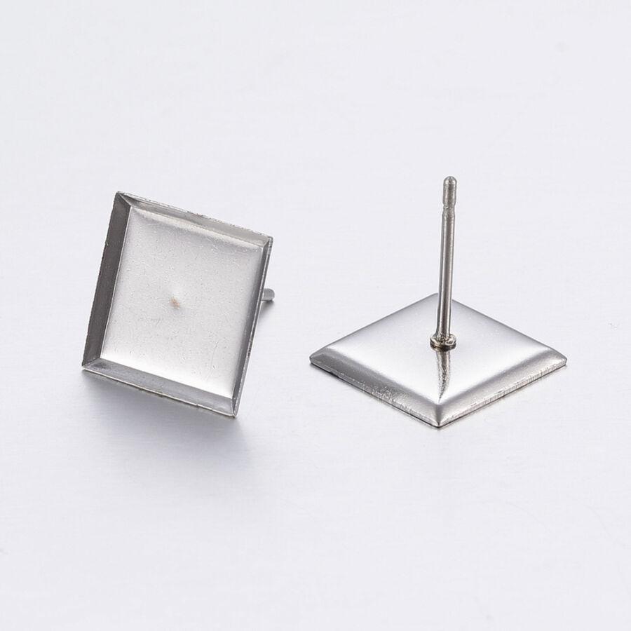 Nemesacél négyzet alakú bedugós fülbevaló alap (10x10mm) hozzá tartozó üveglencsével