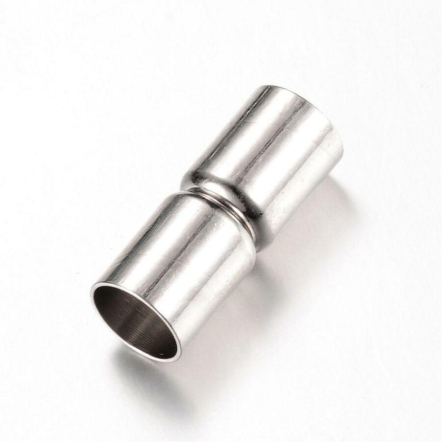 Antikolt ezüst színű végzáró mágneskapoccsal (18x6mm)