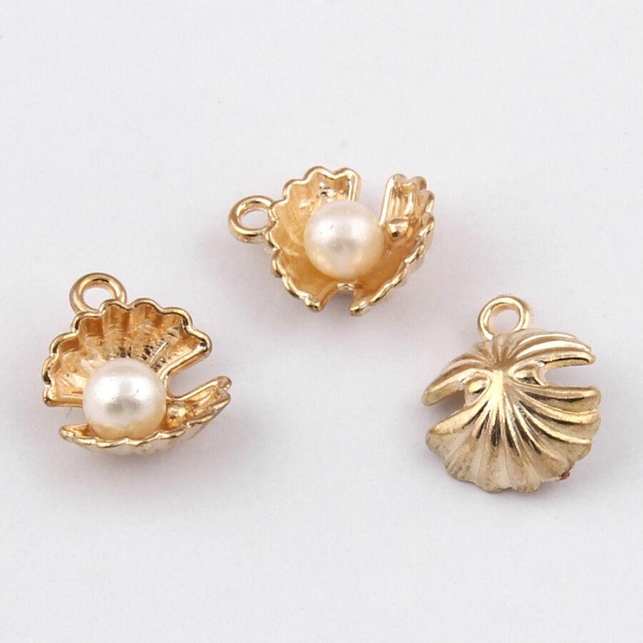 Gyöngyös arany kagyló fityegő