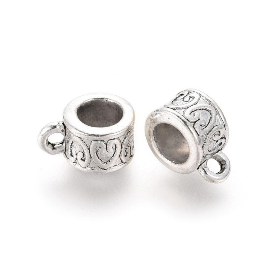 Antikolt ezüst színű szíves medáltartó