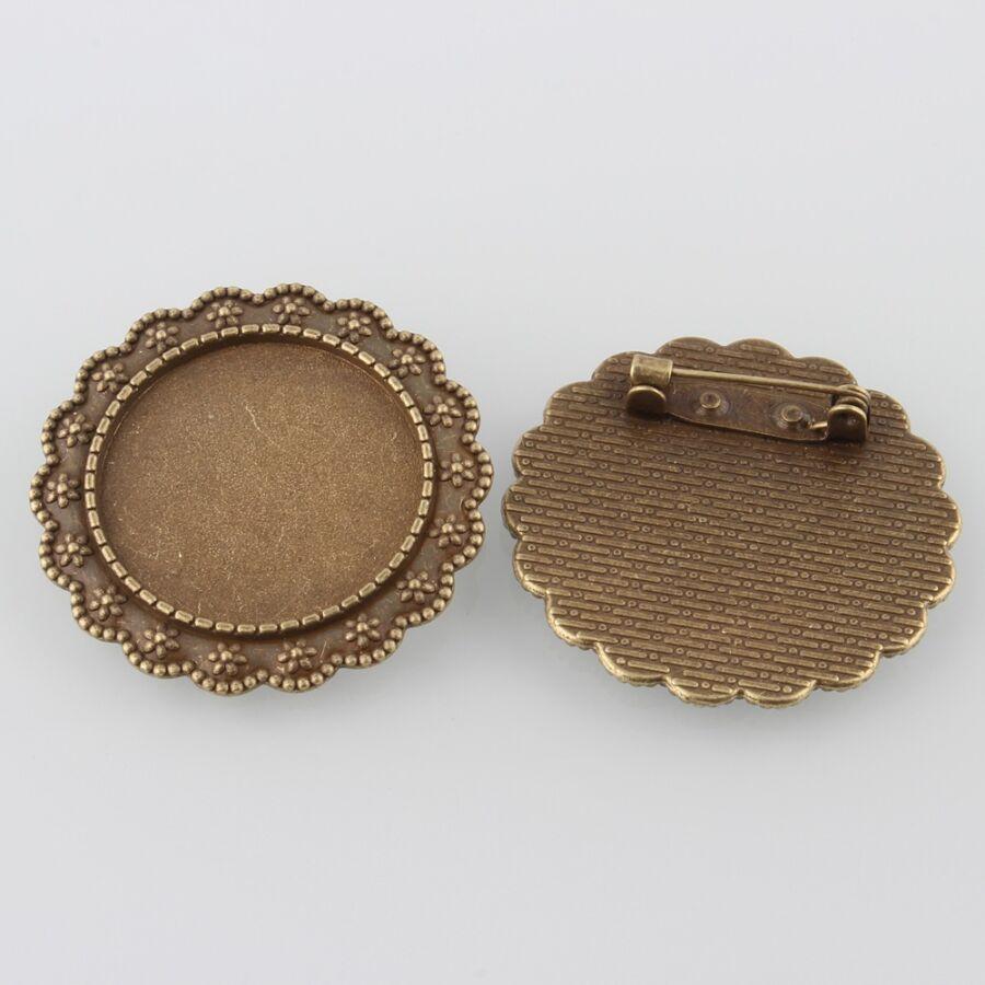 Antikolt bronz színű kitűzőalap (25mm) hozzátartozó üveglencsével