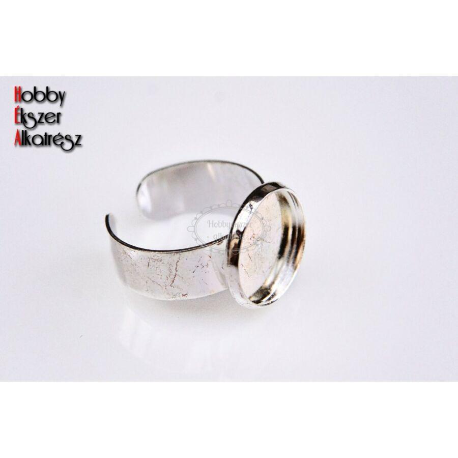 Ezüst színű sima szélű gyűrűalap (14mm)