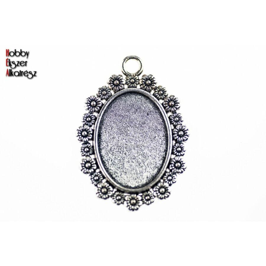 Antikolt ezüst színű virágos medálalap (18x25mm)